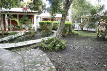 Hotel Jaguar Inn Tikal Rooms and Gardens Peten Guatemala Maya-archaeology
